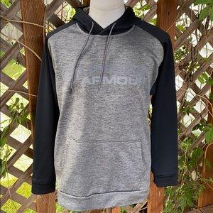 Under Armour Coldgear loose hoodie. Men's size L.